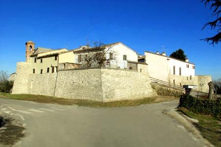 Mura del Castello di Albereto